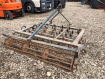 Vibrocultor pentru tractor de 45 cp
