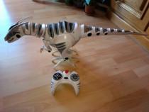Jucărie roboraptor