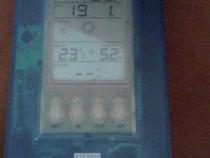 2 buc Statii meteo, ceas, doua alarme + higrometru,barometru