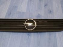 Grila capota Opel Astra G - Originala GM - cod 90 588 120