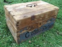 Cufar vechi din lemn