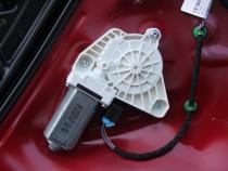 Motoras macara usa stanga fata VW Arteon model 2018