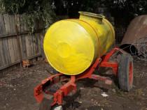 Cisternă apa/ combustibil