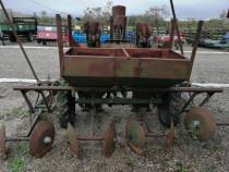 Masina de plantat cartofi