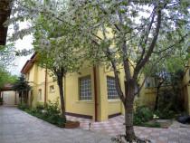 Casa 6 camere 250mp - Militari str. Orsova