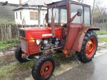 Tractor U445 cu carte, 4 anvelope noi, greutati roți