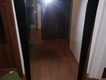 Oglinda in rama