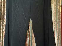 Pantalon elegant din stofă de calitate superioară