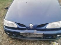 Dezmembrez Renault Megane 1