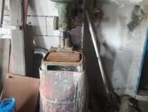Masina de găurit cu coloana