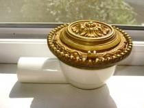 3920-Cap Instalatie bronz masiv si portelan, perioada 1900.
