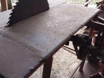 Masa de taiat lemne dupa tractor