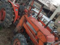 Tractor kubota daedong