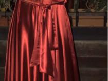 Rochie de seara rosie din satin