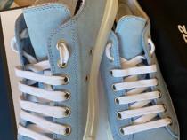 Dsquared2 laced up sneakers,suede spugna,produs original.