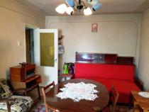 Vest, Piata Aurora, et.1/10, Apartament 2 cam. decomandat