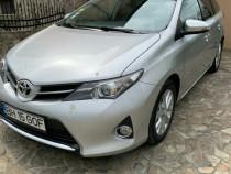 Toyota auris 2.0 diesel