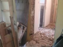 Execut Demolarii din apartamente,magazii case debarasat boxe