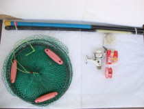 Lot de accesorii pentru pescuit: juvelnic, undite, mulineta
