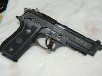 Raritate! pistol airsoft taurus/beretta /modificat 3.8 j max