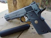 Pistol din fier si otel!! airsoft cu aer comprimat (colt)