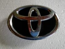 Emblema fata Toyota auris (cod 9723M0010)