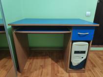 Birou calculator (PC) albastru, in stare foarte buna
