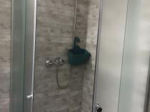 Cabina duș semirotunda