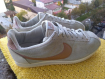 Adidasi, Nike, mar.39 (24.5 cm) made in Indonesia.