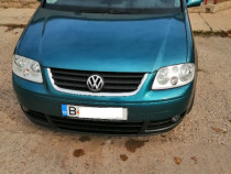 VW Touran 2.0 140 cai an 2004