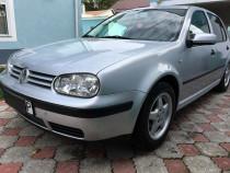 VW Golf 4 -benzina 1.6 - an 2003 -inmatriculata RO