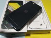 Noul Iphone SE 2020 nou - ideal pentru cadou