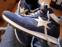 Pantofi ,cizme si ghetute