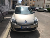 Renault Grand Scenic 2011, 147,000 km, diesel, 7 locuri