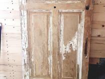 Cuier vintage lemn