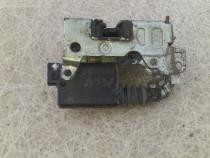 Broasca Usa Dacia Logan Mcv Ph1