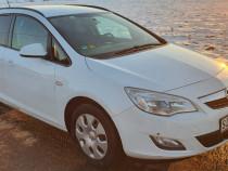 Opel astra break 2012 1.7 diesel
