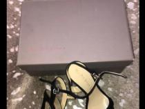 Sandale din catifea
