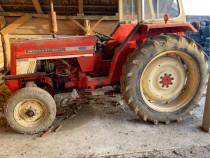 Tractor internațional 454