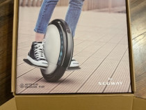 Moniciclu electric ninebot S2 by segway in conditie perfecta