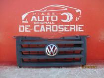Grila radiator Volkswagen Crafter an 2006-2011