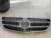 Ornament grila fata Mercedes V Class