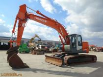 Excavator pe senile Hitachi ZX225 USLC