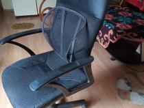 Scaun directorial cu protectie birou/calculator aproape nou