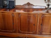 Comoda din lemn lacuit (mobila Caragiale)