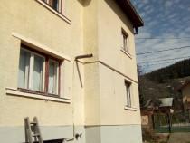 Casa formată din demisol parter etaj Gura Humorului, Suceava