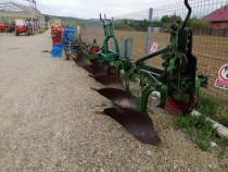 Plug 3 brazde eberhardt pentru tractor de 65 cp