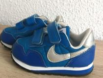 Adidași Nike mărimea 21