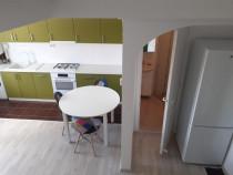 Inchiriez apartament 2 camere in zona Strand