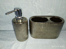 Set dispenser sapun lichid + suport periute de dinti NEXT UK